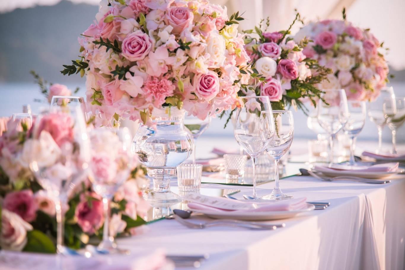 Esküvői Asztal Terítés