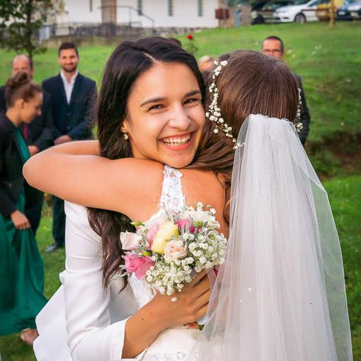 Ölelés Az Esküvőn