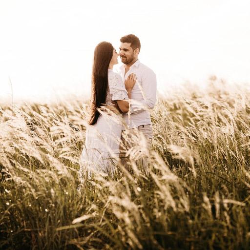 Fiatal Pár Esküvője - Esküvői Fotózás