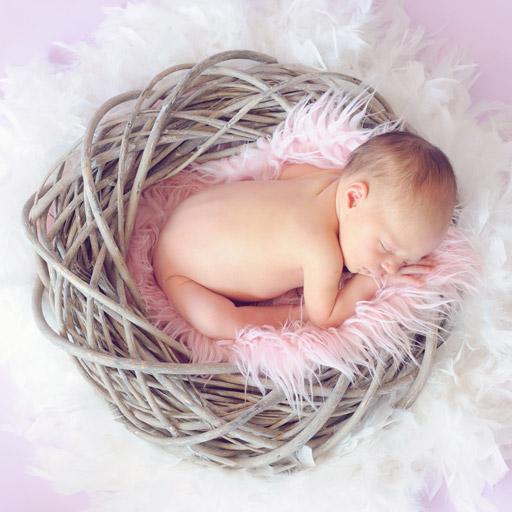 Újszülött Alszik - Baba Fotózás