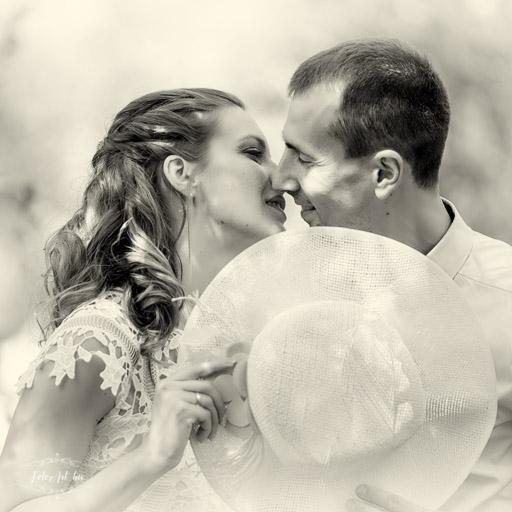 Menyasszony és Vőlegény - Kreatív Páros Fotózás, Esküvői Fotós