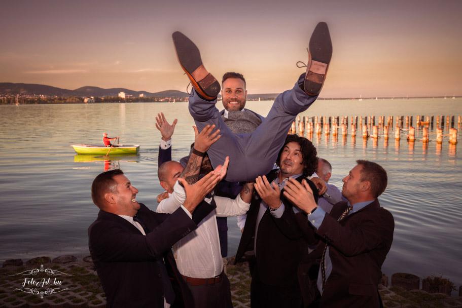 Esküvő Fotózás Vicces Csoportkép