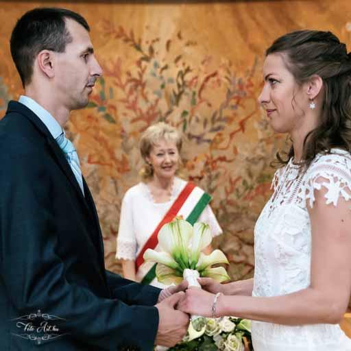 Polgári Esküvői Szertartás